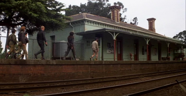 Toecutter Gang Mad Max Clunes Train Station