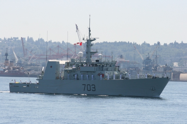 HMCS Edmonton (MM 703) Seattle Seafair 2012